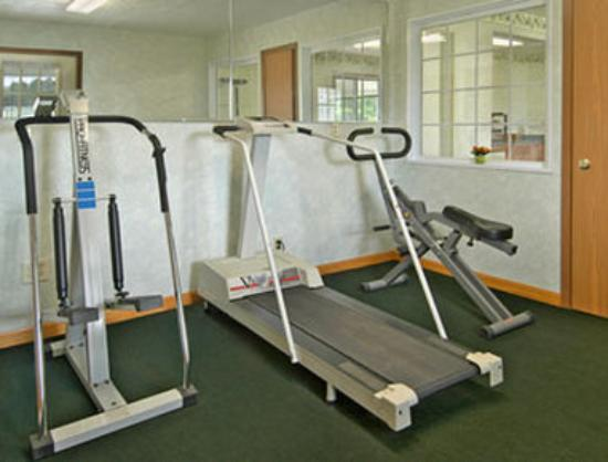 Days Inn Farmer City: Fitness Center