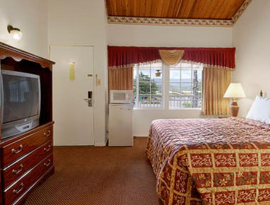 Ukiah, Californien: Standard One King Bed Room