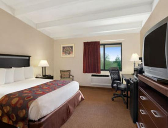 Days Inn Bloomington West: Guest Room
