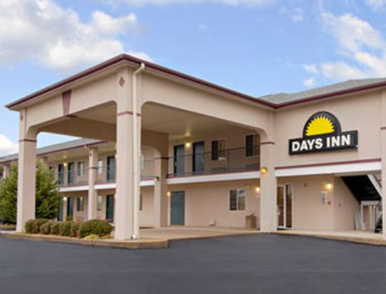 Photo of Hamilton-Days Inn