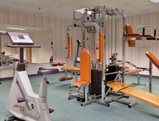 Days Inn Conference Center Southern Pines Pinehurst: Fitness Center