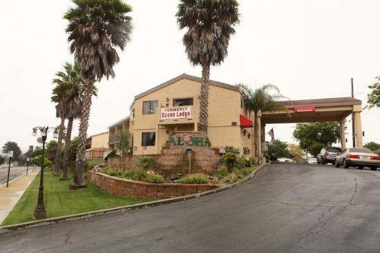 Aloha Inn: Hotel Exterior1