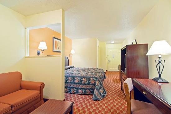 Prescott, AR: King Suite