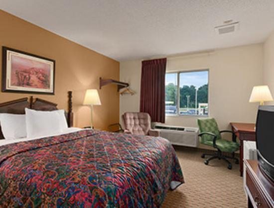 Photo of Days Inn And Suites Kaukauna WI