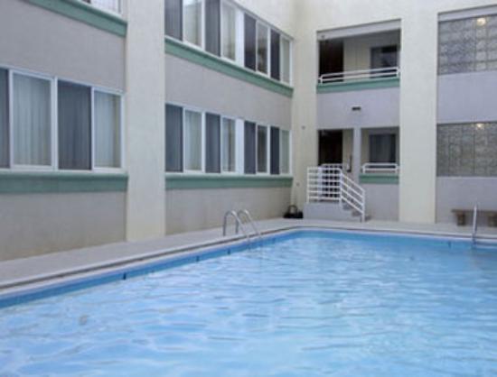 Photo of Howard Johnson Inn Atlantic City