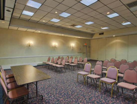 Howard Johnson Hotel Middletown: Meeting Room