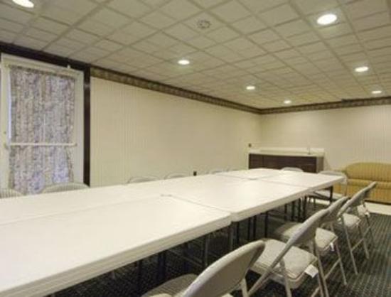 Knights Inn Mount Laurel: Meeting Room