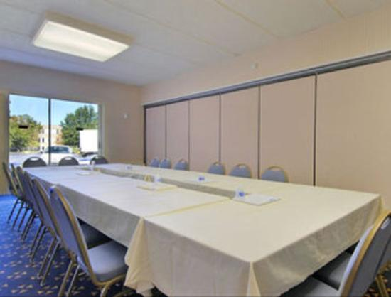 Howard Johnson Inn Harrisburg: Capitol Meeting Room