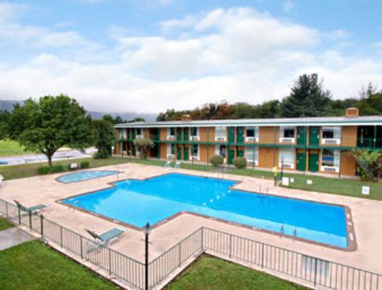 Howard Johnson Inn Daleville/Roanoke North