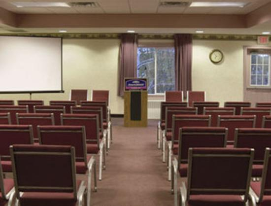 Howard Johnson Express - Springfield : Meeting Room