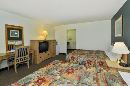 Americas Best Value Inn - Red Bluff: Two Double Standard2