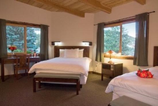 Mount Princeton Hot Springs Resort: Lodge Annex