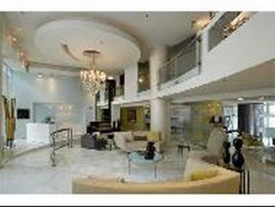 Oakwood At The Flats At Dupont: Lobby