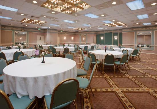 Americas Best Value Inn: Banquet Room
