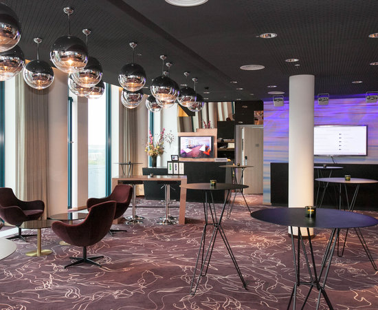 Meeting Rooms Lounge at the Scandic Hamburg Emporio