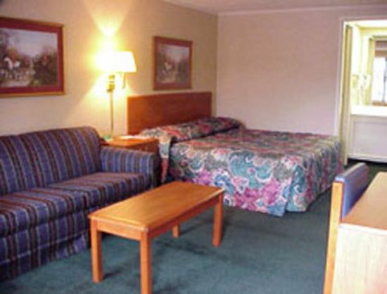 Knights Inn Lexington: King Room