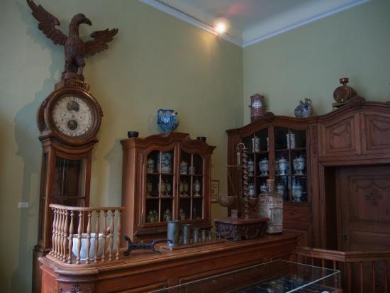 Couven Museum: old pharmacy