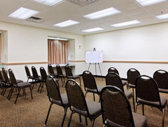 Microtel Inn & Suites by Wyndham Lady Lake/The Villages: Meeting Room