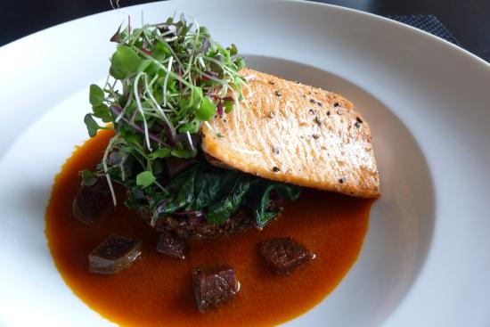 Lord Gore Restaurant at Manor Vail: Alaskan Arctic Char Filet