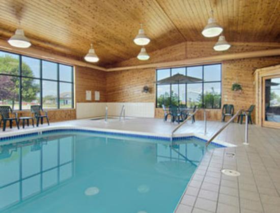 Super 8 Antigo: Pool