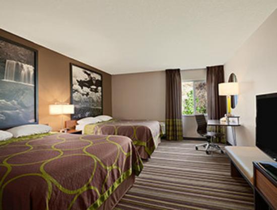 Super 8 Pocatello : Standard Two Double Bed Room