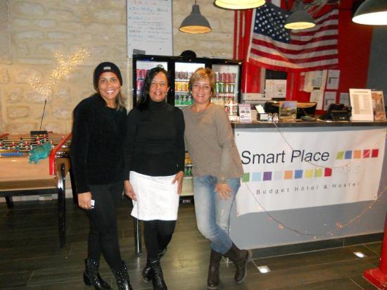Smart Place Paris : Estivemos por Paris em fevereiro,foi muito bom! o hostel tem um bom atendimento e tudo é muito l