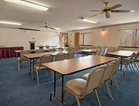 Super 8 Perry : Meeting Room
