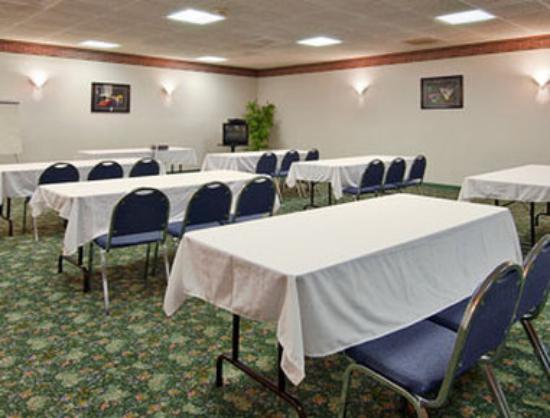 Super 8 Gaffney: Meeting Room