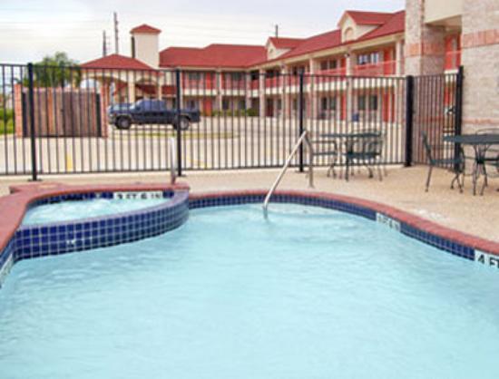 Super 8 Motel - Stafford Sugarland Area