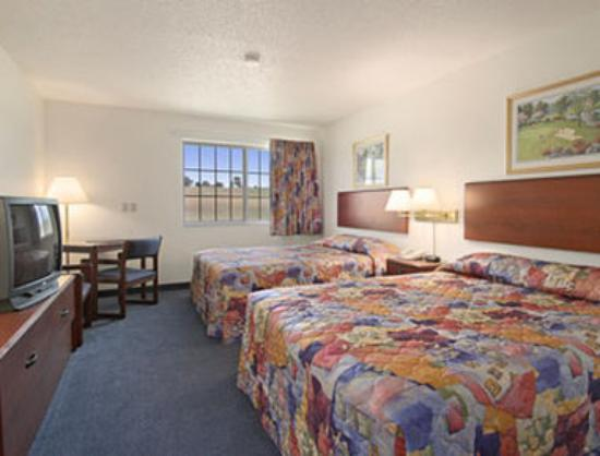 อีดาโกรฟ, ไอโอวา: Standard Two Queen Bed Room