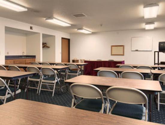 Motel 6 Saukville: Meeting Room