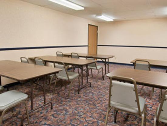 Super 8 Nevada: Meeting Room