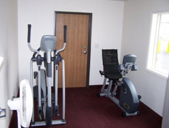 Super 8 Rexburg: Exercise Room