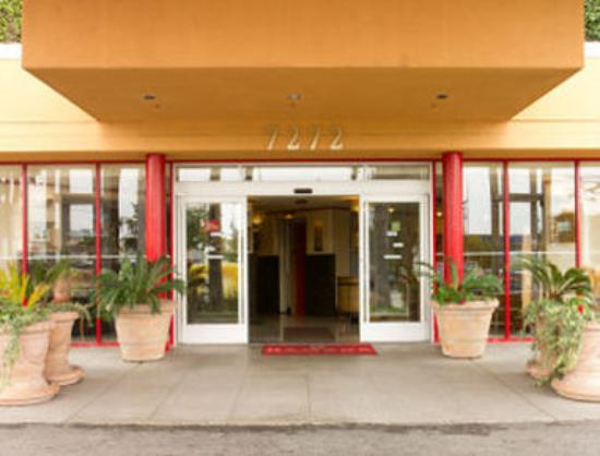 Ramada Commerce/Los Angeles Area: Entrance