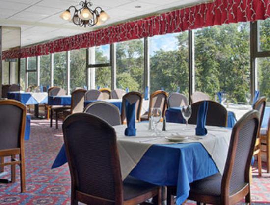 Ramada Yonkers: Restaurant