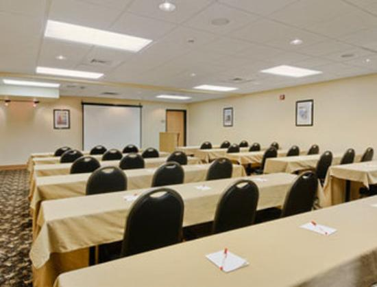 Quinault Sweet Grass Hotel: Meeting Room