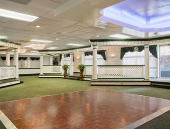 Ramada Roanoke : Meeting Room