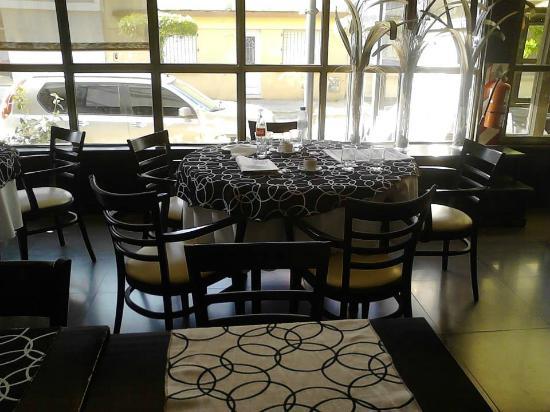 Posta de Juarez: Lugar para desayunar y comer