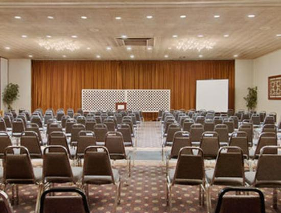Ramada Augusta Downtown Hotel & Conference Center: Banquet Room