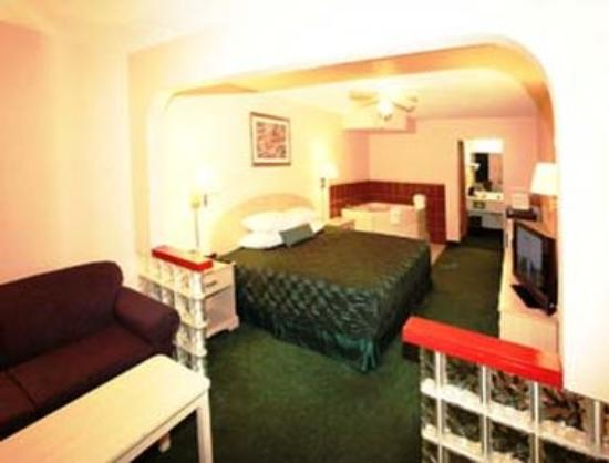 South Padre Island Inn Jacuzzi Suite