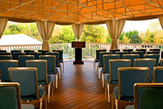 Wyndham Garden Manassas: Outdoor Pavilion