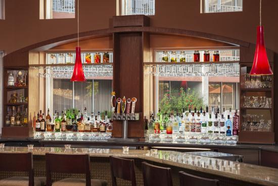 Sheraton Phoenix Airport Hotel Tempe: Fire Spice Bar