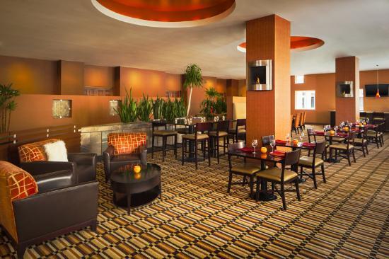 Sheraton Phoenix Airport Hotel Tempe: Fire Spice Restaurant