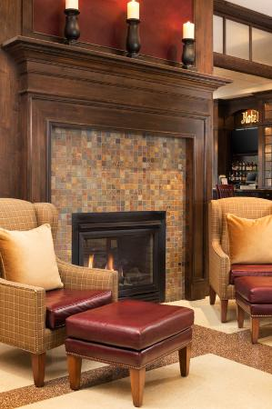 Sheraton Minneapolis Midtown Hotel: Lobby Sitting Area