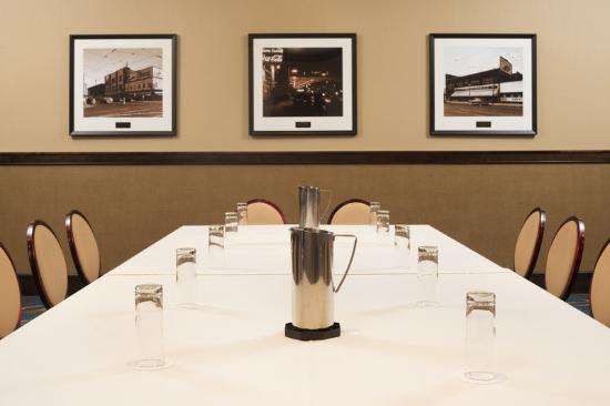 Sheraton Minneapolis Midtown Hotel: Meeting Room - Boardroom