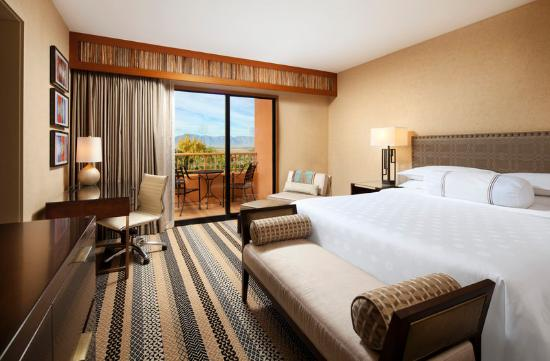 Sheraton Grand at Wild Horse Pass: Executive Suite Bedroom