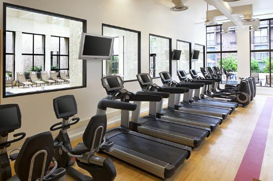 Sheraton Milwaukee Brookfield Hotel: Fitness Center