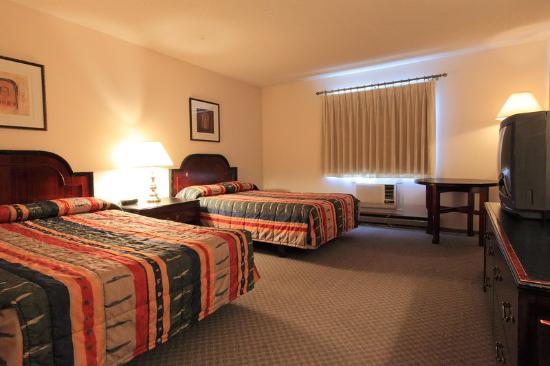 Americas Best Value Inn: 2 Queen Beds