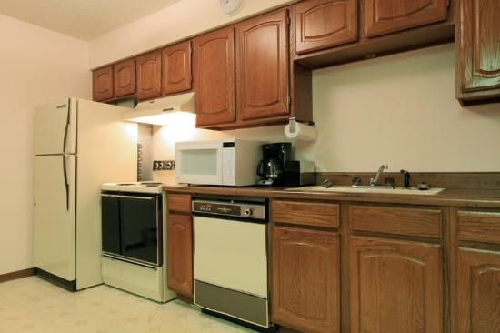 Americas Best Value Inn: Kitchenette