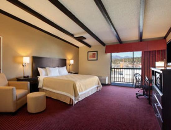 Days Hotel Flagstaff: Guest Room